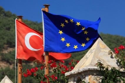 european_union_and_turkey_191569-2